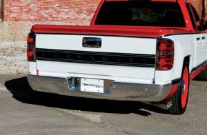 2014-chevy-silverado-with-retro-badging